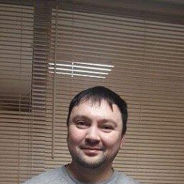 Черпаков, Москва, 34 года