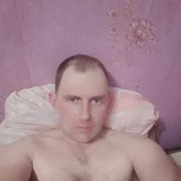 Александр, 32 года, Киров