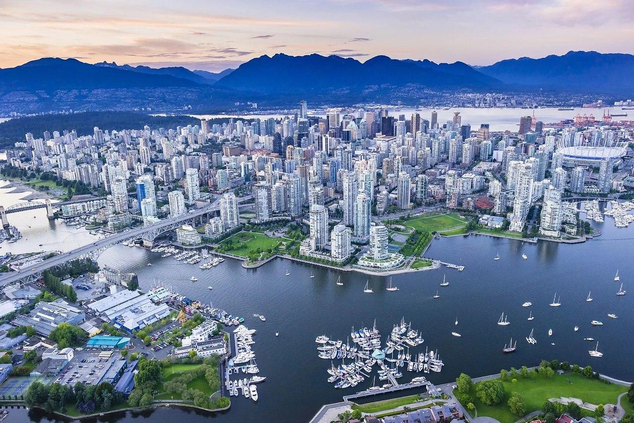 Общее количество озёр на территории Канады 3 миллиона. Это больше, чем во всех странах мира сразу и ...