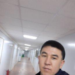 Наушан, 28 лет, Свободный