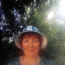Людмила, 64 года, Златоуст
