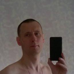 Руслан, 36 лет, Омск