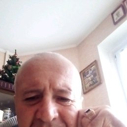 Игорь, 57 лет, Курск