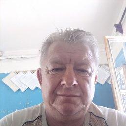 Валентин, 64 года, Самара