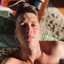 Анатолий, 22 года, Берлин