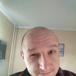 Дима, 32 года, Санкт-Петербург