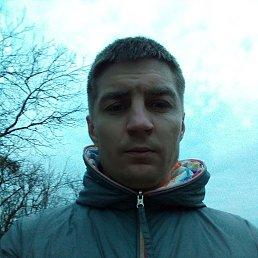 Валентин, 32 года, Киев