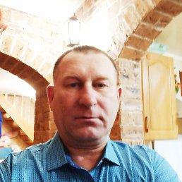 Виктор, 57 лет, Омск