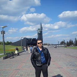 Олег, 45 лет, Берислав