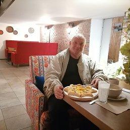 ИванНиколаевич, 61 год, Хабаровск