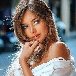 Анюта, Москва, 22 года