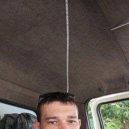 Виктор, 32 года, Саратов