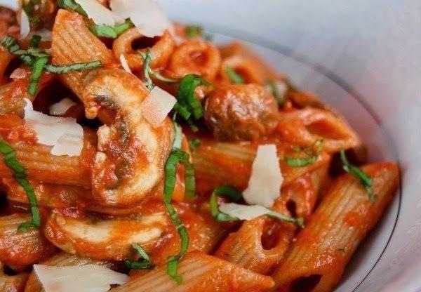 9 рецептов подливы к макаронам.1.Сливочная подлива к макаронам с помидорамиВам ...