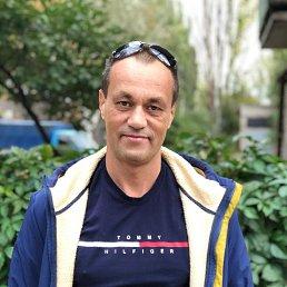 Виталий, 47 лет, Енакиево