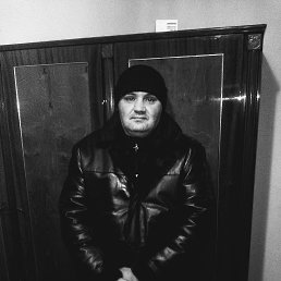 Андрей, 35 лет, Троицк