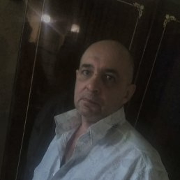 игорь, 57 лет, Алчевск