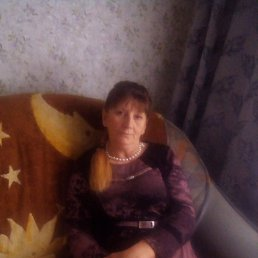 Ирина, 58 лет, Пласт