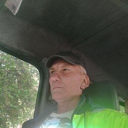 Илья, Саратов, 53 года