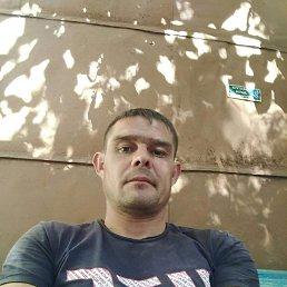Виктор, 31 год, Саратов